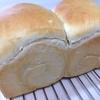手ごね食パンと炊飯器パン
