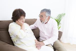 高齢の親と自分自身の認知症予防について気になっています。家でもできて簡単に続けられそうなトレーニング方法を教えてください。