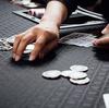 日本にカジノが解禁? カジノ法案があっさりと可決すればギャンブル依存症の問題は?