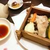 豚と野菜のせいろ蒸し、刺身、漁師飯など(居酒屋)
