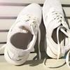 スニーカーの黄ばみの原因はアルカリ性物質のせい!おすすめの洗剤とコインランドリー!