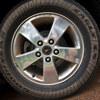 タイヤ交換中にナット・ボルトがはずれなくなった!修理費用は?