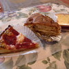 関内の「カフェ モングー」で苺のタルト、エスプレッソとウォールナッツのケーキ、ケイクパンプルムース。