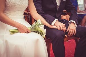 頂き物の服でコーディネート。大人ジャケットとデニムの相性は抜群。ミドルエイジもオシャレしよう。夫婦でデートしよう。