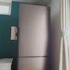 ミニマムな冷蔵庫。機能もサイズもシンプルがいい。