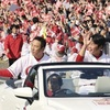 31万人、沿道赤く染める…広島・優勝パレード