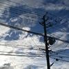 空、雲、電柱