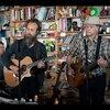 今日の動画。 - Calexico And Iron & Wine: NPR Music Tiny Desk Concert