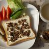 椎茸パテとクリームチーズのトースト