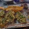 幸運な病のレシピ( 2131 )昼 :かき揚げ(キャベツ・蕪菜、タマネギ)、ブリ味醂味噌揚げ、ポテト素揚げ、そば