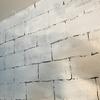 【DIY】発泡スチロールレンガの壁をアクリル絵の具で着色していい感じに!!!