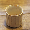 陶器と共に過ごす生活の定番カップ