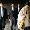 安倍首相の靖国神社参拝を違憲とする訴訟を棄却したのは当然だ。