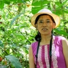 コスタリカ 背景はジャングルの熱帯植物