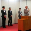6日、党と後援会合同で選挙学校。4人の市議選候補とともに決意表明。