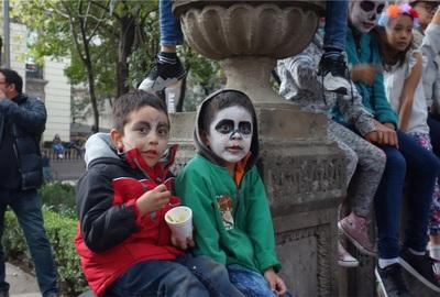【メキシコ旅⑦】死者の日のパレードをメキシコシティで見たい人へ。出遅れてしまった残念な私の予想外の楽しみ方