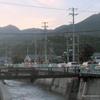 可愛橋東の県道