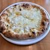 🚩外食日記(535)    宮崎ランチ   「ラ フォルトゥーナ (La Fortuna)」⑦より、【3種チーズのピザ】【浅利とフレッシュトマトのオイルパスタ】‼️