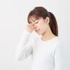 目の疲れと肩こりの関係