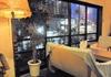 雰囲気の良い明かりの下で夜カフェ【CAFE QINEMA】@問屋町