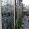 東京・新橋でゆりかもめに乗るまでに見える景色