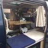 車中泊考 荷物置き場/自作 バンコン キャンピングカー 〜荷物を増やすか、広大スペースか。二律背反の悩み〜