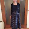 幅広ゴムウエストで華奢見え!タータンチェックが揺れるイングランド風フレアスカート