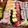 千歳烏山にある「栄寿し総本店」に寿司食べ放題を食べに行きました!初回分を乗り切ると天国タイムが待ってるかも⁈(クレジットカード不可)