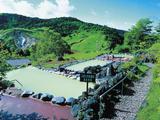 大自然にとけ込む絶景・大露天風呂で、日常を忘れる開放感を味わおう