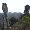 御堂山登山|超常現象!?絶妙なバランスで立ち続けるじじ岩、ばば岩とは?