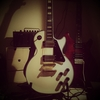 電気楽器と電子楽器の違い@エレキギターは電気楽器