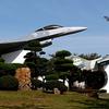 在日米軍基地内の展示機