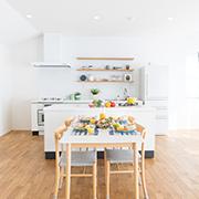 オープンキッチン人気の秘密とデメリット緩和のひと工夫