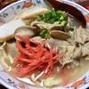 鶏のモミジを煮込んでとった極上ダシの沖縄「中味」そばを作ってみた