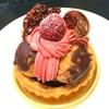 【サン・ニコラ】のケーキ、【土九】のたい焼き、結果的プレーン食パン