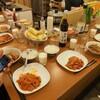 ホステルのキッチンで夏野菜料理! ラタトゥイユ、茹でとうもろこしなど