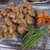 幸運な病のレシピ( 1283 )朝:鶏唐揚、インゲン・人参素揚げ、ハンバーグ、豆もやし味噌汁