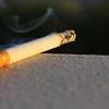 フィリピン人は何歳からタバコが吸えますか?