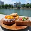 【米粉パン工房 源】米粉のパンが種類豊富に揃っています(西区中広町)