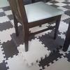 ベビーチェアを卒業!大人の椅子を使うとき床を高くしてみたら上手くいきました