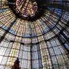パリのプランタンのブラッスリー!天井のステンドグラスとランチ