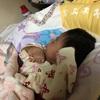 食べて寝て。赤ちゃんみたい。
