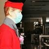 タイ人、マネキンにもマスクつけてるわ。ウケるぅぅぅ。