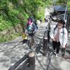 2歳5カ月の小孫は、御岳山山頂まで、何時間で登れたか?はたまた、途中リタイヤか? ⓶ 2021/05/03
