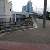 【兵庫・神戸市】神戸の『臨港線』という古い線路が歩道の端っこにある光景