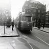 アムステルダムの路面電車は観光客を楽しめるだけでなく、生活者の足となっていた。