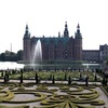 フレデリクスボー城へのアクセス  湖に浮かぶ美しいお城は見どころが満載