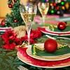 「ランチはきみの実家で、ディナーはぼくの実家で」ゲイカップルのクリスマスをコミカルに描くCM