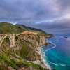 息を呑む絶景 橋から眺める大海原(ビッグ・サー)