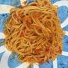 賞味期限が過ぎたレトルトを一手間かけて利用。ペペロンチーノ風カニのトマトクリームパスタ!